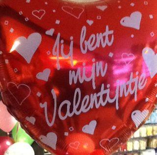 Verras je Valentijn met een Jumbo rode liefdesballon van Heppie Store uit Lisse met Bol van Voordeel korting